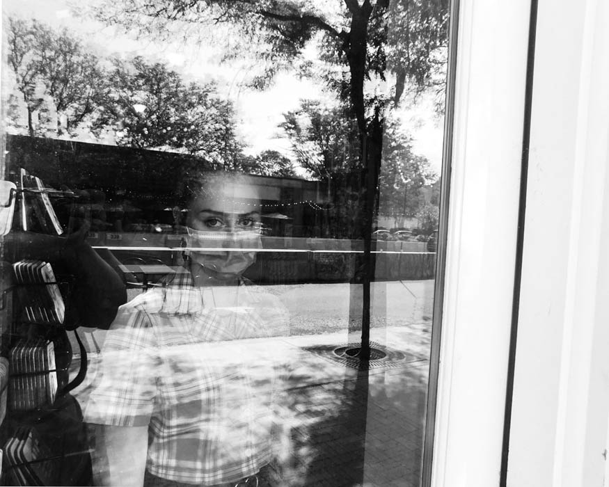 Confined Behind The Glass, © Jaylene Martinez